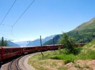 train-476987_1280